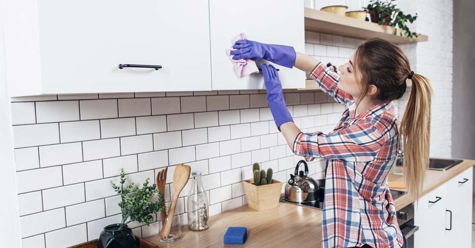 6 dicas úteis sobre como limpar móveis planejados